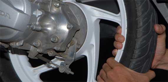 Deteksi bearing roda